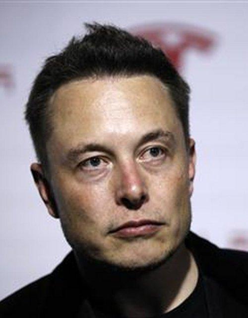 http://news.yahoo.com/billionaire-rocketeers-duke-shuttle-launch-pad-001952648--finance.html