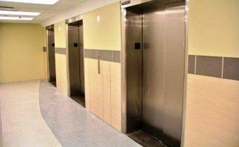 VA med ctr elevators